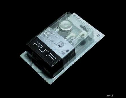 Product Photo/Sony Playstation PSP Deluxe Ear Phones with Remote Control/Click to view.