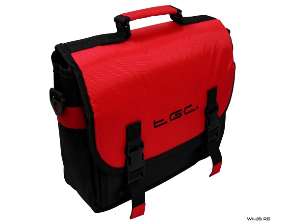 Product Photo/New Red & Black Messenger Style TGC Padded Carry Case Bag 4 Portable DVD Players/Click to view.