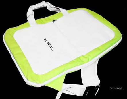 Product Photo/Nintendo Wii Fit TGC © Green & White Balance Board Bag/Click to view.