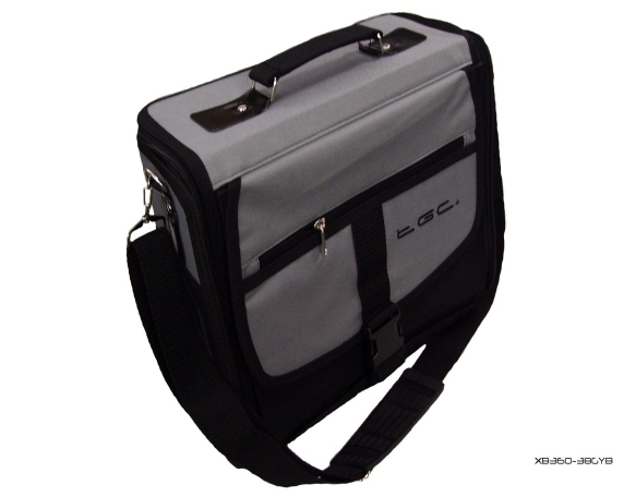 Product Photo/XBox 360 Grey & Black Deluxe Console Carry Case Bag/Click to view.