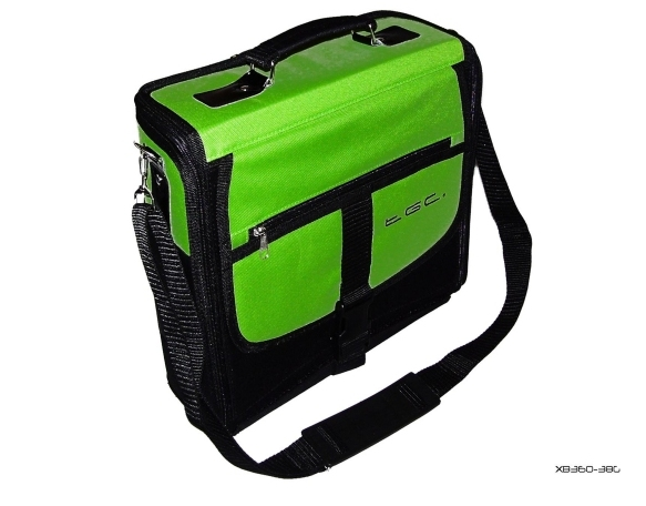 Product Photo/XBox 360 Green & Black Deluxe Console Carry Case Bag/Click to view.