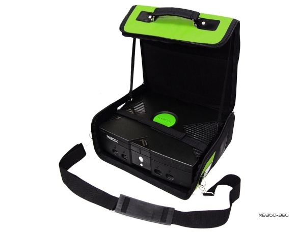 Product Photo/Green Deluxe Console Carry Bag Case In Car for Xbox UK/Click to view.