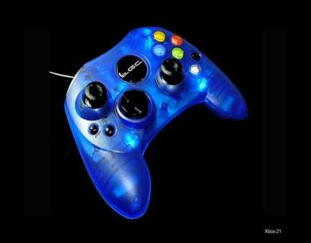 Product Photo/Xbox Console Crystal Clear Blue Analogue Controller/Click to view.
